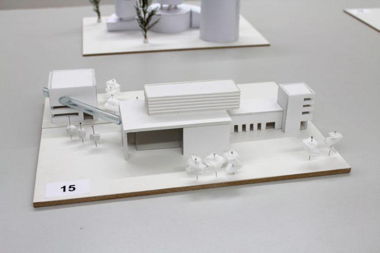 modell-2